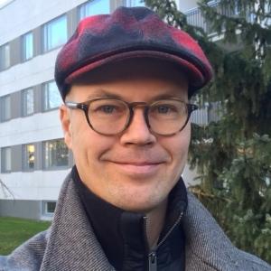 Jukka Peltokoski naamakuva