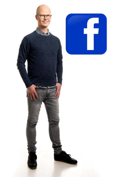 Potretti Jukka Peltokoski seisomassa